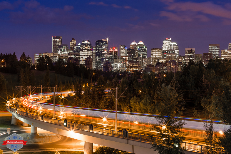 how to get from yyc to downtown calgary